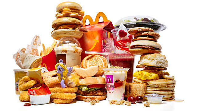 the effects the fast food industru Objective: to assess the impact of the quick-service restaurant industry (qsri) self-regulatory initiative on fast-food advertising to children on.